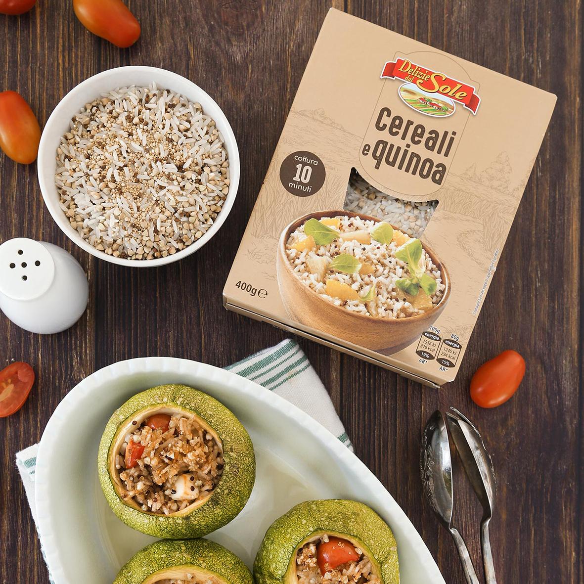 Zucchine ripiene di cereali e quinoa con feta e datterini